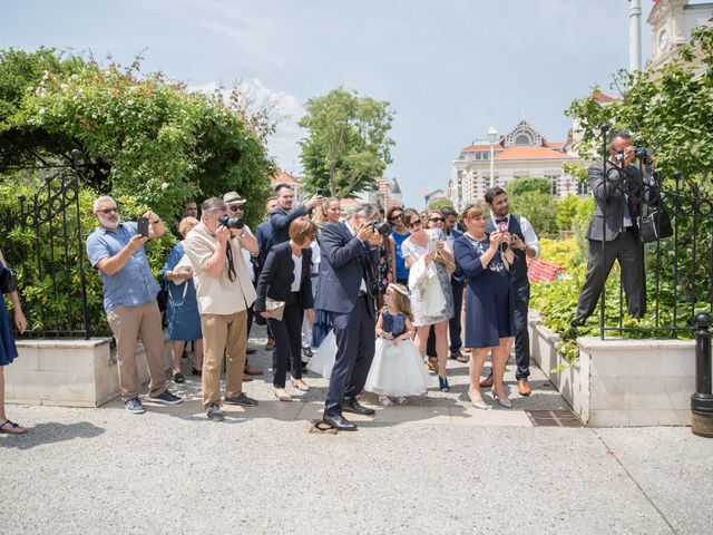 Le mariage de Yann et Floriane à Arcachon, Gironde 10