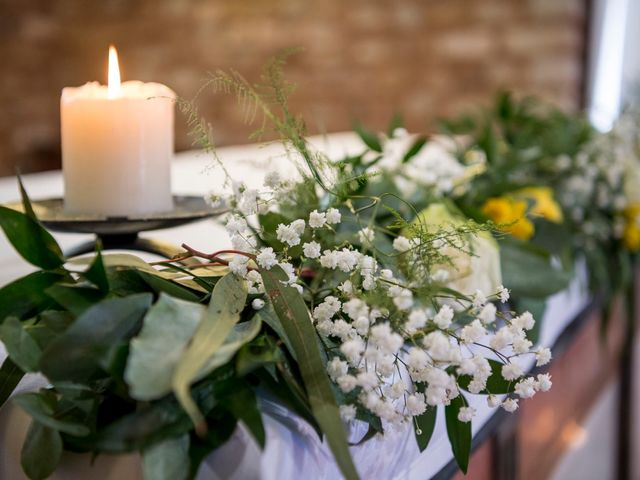 Le mariage de Florian et Marie à Lacenas, Rhône 12