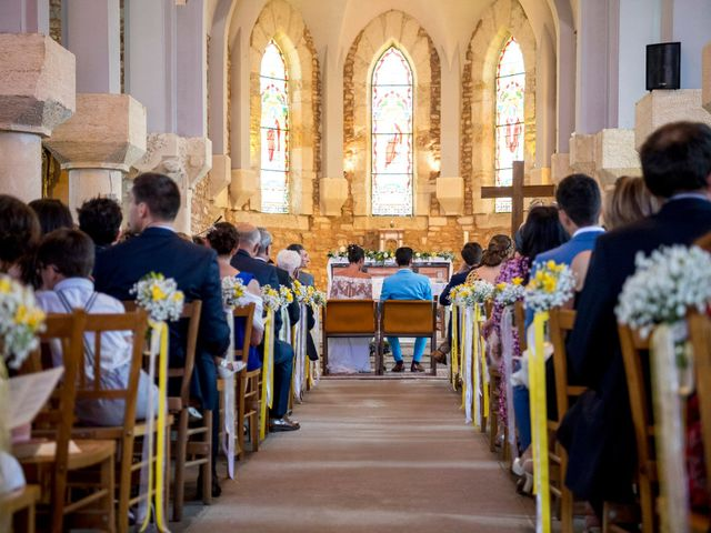 Le mariage de Florian et Marie à Lacenas, Rhône 16