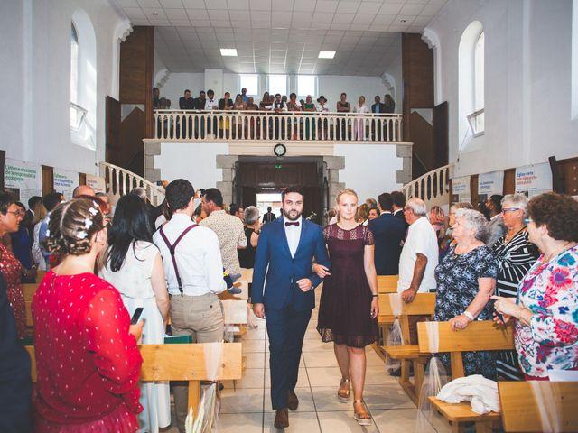 Le mariage de Lucas et Camille à Tence, Haute-Loire 24