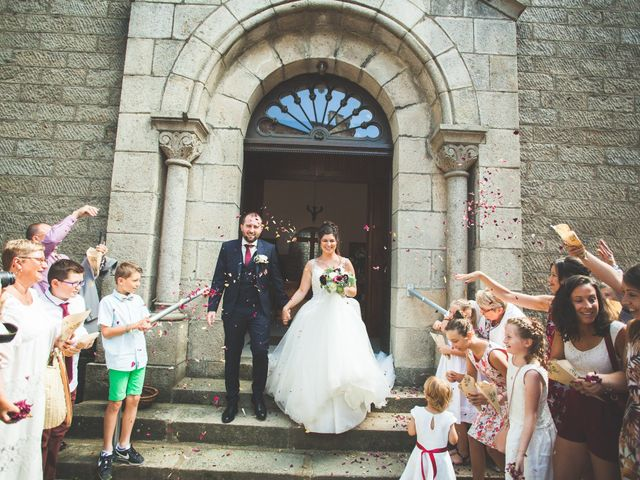 Le mariage de Lucas et Camille à Tence, Haute-Loire 27
