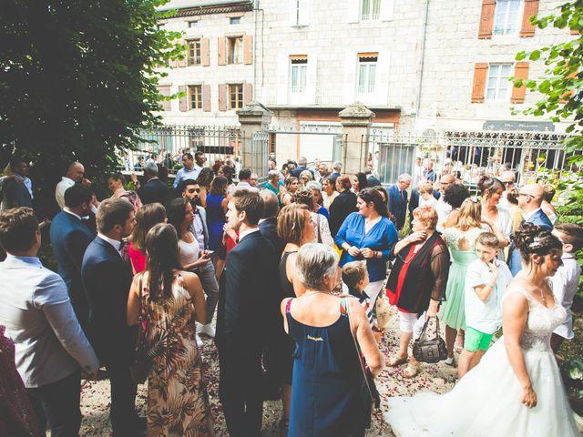 Le mariage de Lucas et Camille à Tence, Haute-Loire 29