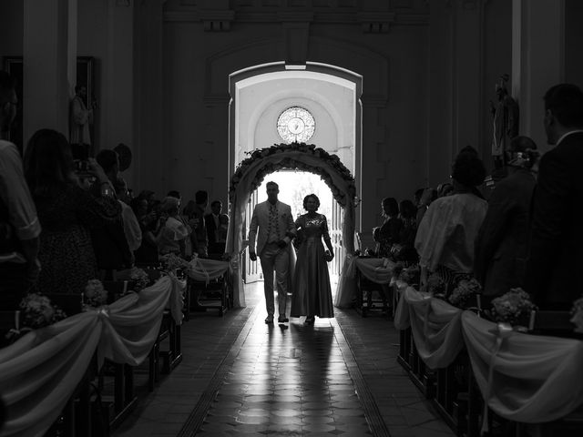 Le mariage de Alexandre et Aurore à Montmiral, Drôme 21