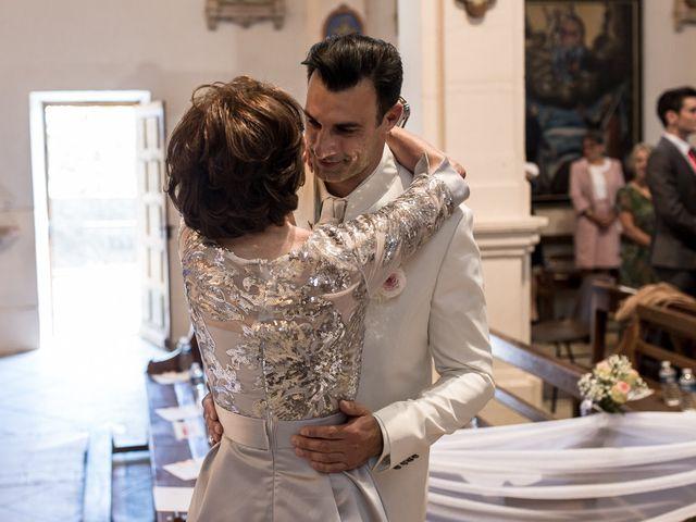 Le mariage de Alexandre et Aurore à Montmiral, Drôme 22