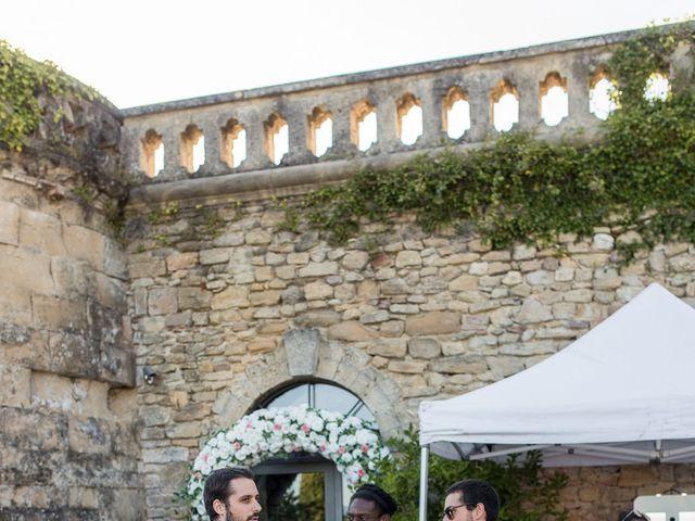 Le mariage de Alexandre et Aurore à Montmiral, Drôme 69