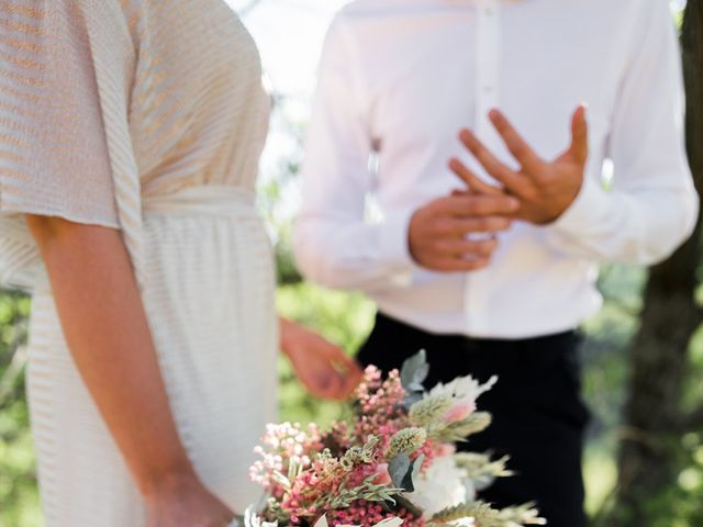 Le mariage de Loïc et Cécile à Montbrun-les-Bains, Drôme 12