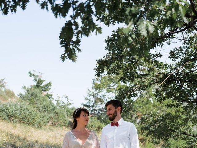 Le mariage de Loïc et Cécile à Montbrun-les-Bains, Drôme 13