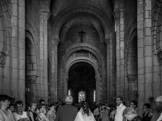 Le mariage de Dylan et Elodie à Anzy-le-Duc, Saône et Loire 9
