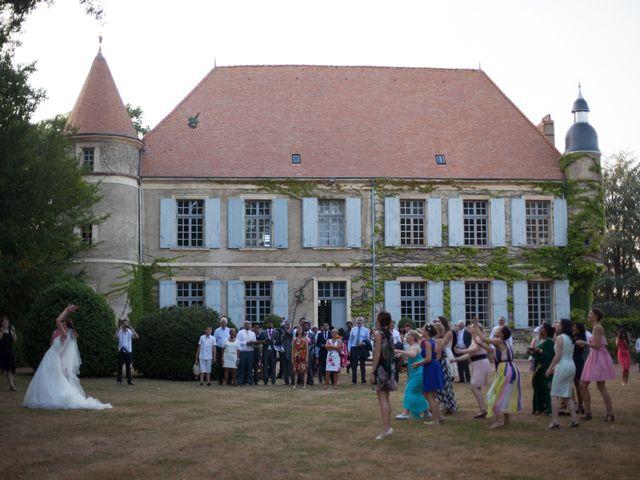 Le mariage de Dylan et Elodie à Anzy-le-Duc, Saône et Loire 35