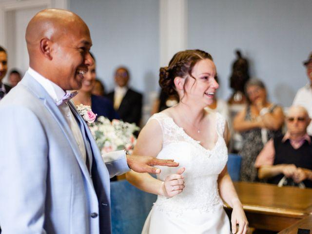 Le mariage de Eric et Angélique à Longué-Jumelles, Maine et Loire 11
