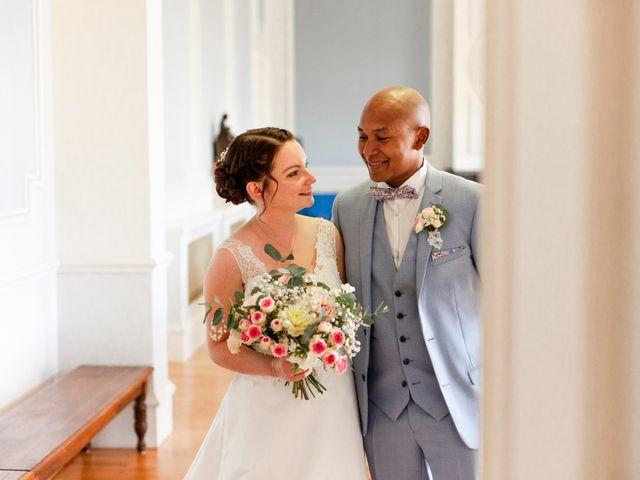 Le mariage de Eric et Angélique à Longué-Jumelles, Maine et Loire 13