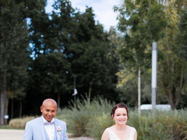 Le mariage de Eric et Angélique à Longué-Jumelles, Maine et Loire 16