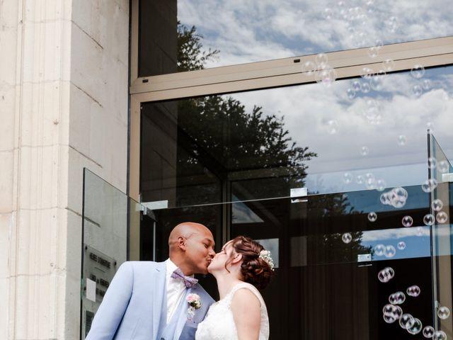 Le mariage de Eric et Angélique à Longué-Jumelles, Maine et Loire 18