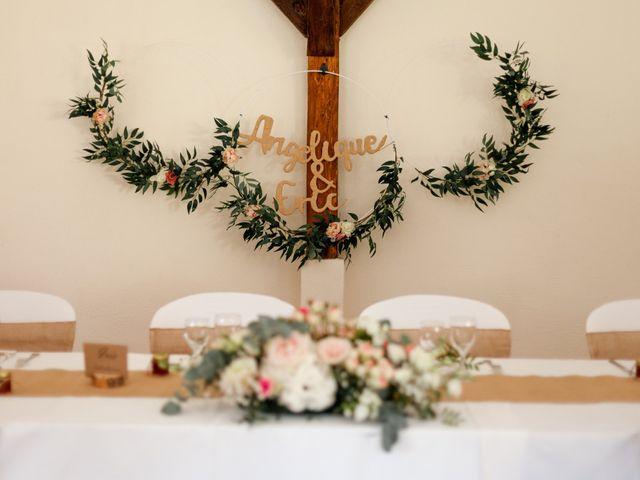 Le mariage de Eric et Angélique à Longué-Jumelles, Maine et Loire 24
