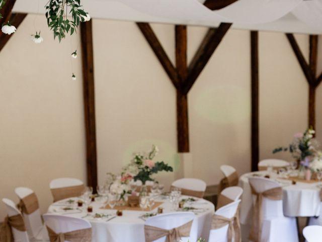 Le mariage de Eric et Angélique à Longué-Jumelles, Maine et Loire 27
