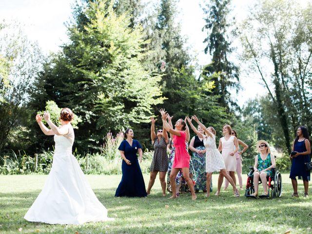 Le mariage de Eric et Angélique à Longué-Jumelles, Maine et Loire 43