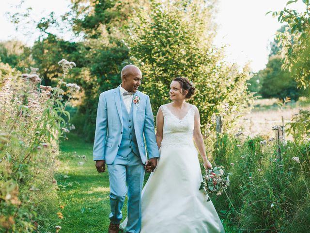 Le mariage de Eric et Angélique à Longué-Jumelles, Maine et Loire 56