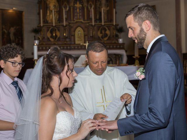 Le mariage de Yann et Jessica à Wiwersheim, Bas Rhin 43