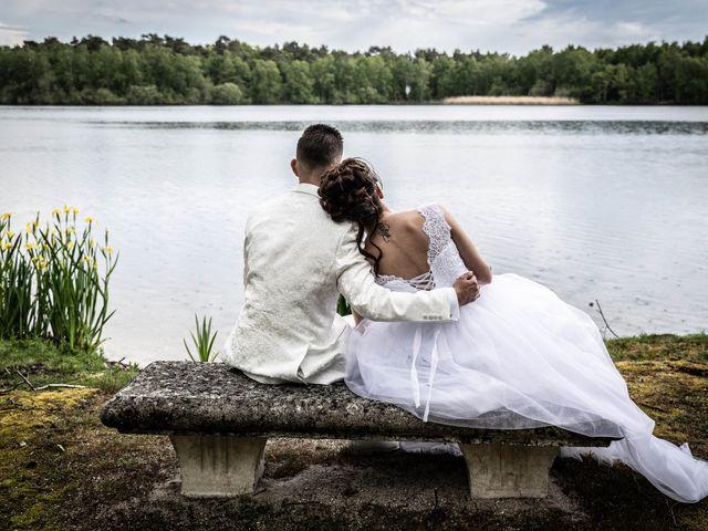 Le mariage de Donovan et Alexia à Nouan-le-Fuzelier, Loir-et-Cher 29