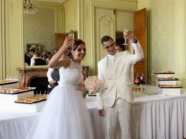 Le mariage de Donovan et Alexia à Nouan-le-Fuzelier, Loir-et-Cher 30