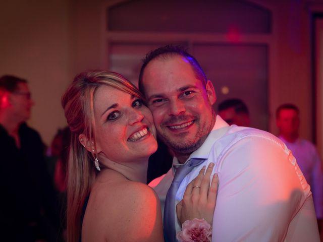 Le mariage de Donovan et Alexia à Nouan-le-Fuzelier, Loir-et-Cher 43