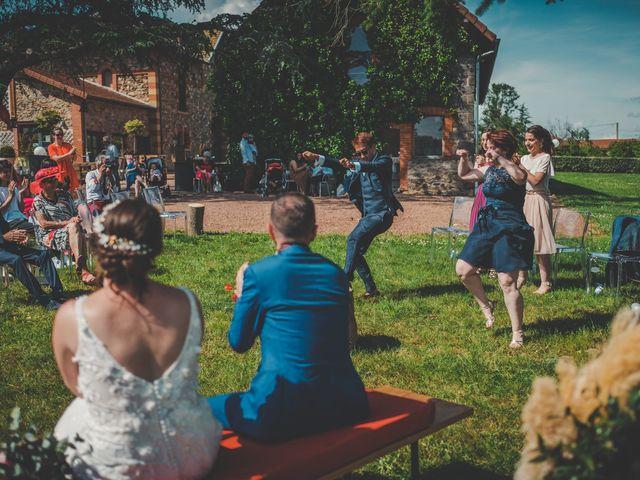 Le mariage de Damien et Marlyse à Cordelle, Loire 55