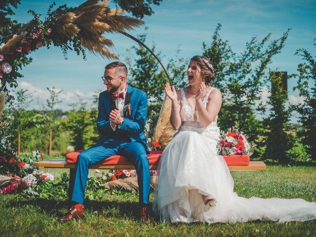 Le mariage de Damien et Marlyse à Cordelle, Loire 56