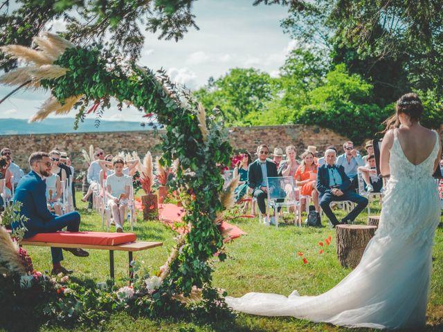 Le mariage de Damien et Marlyse à Cordelle, Loire 66