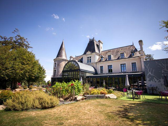 Le mariage de Nicolas et Léa à Saint-Laurent-sur-Sèvre, Vendée 17