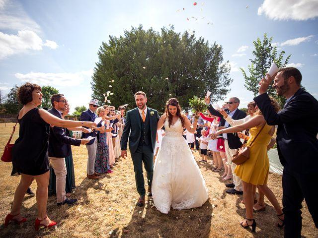 Le mariage de Nicolas et Léa à Saint-Laurent-sur-Sèvre, Vendée 42