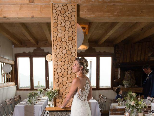 Le mariage de Laurent et Anaïs  à La Clusaz, Haute-Savoie 24