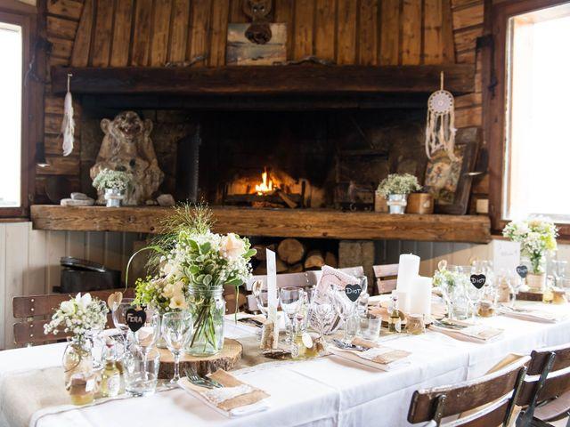 Le mariage de Laurent et Anaïs  à La Clusaz, Haute-Savoie 33