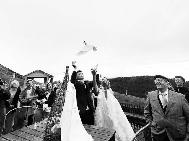 Le mariage de Laurent et Anaïs  à La Clusaz, Haute-Savoie 66