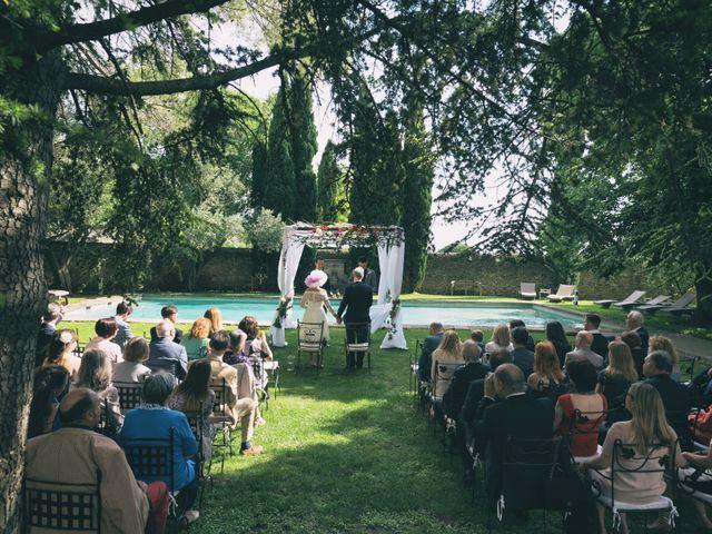 Le mariage de Mike et Pia à Sernhac, Gard 16