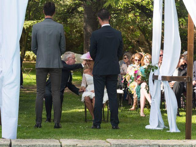 Le mariage de Mike et Pia à Sernhac, Gard 24