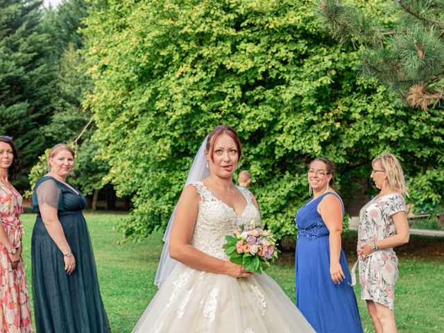 Le mariage de Julien et Aline à Ballancourt-sur-Essonne, Essonne 32
