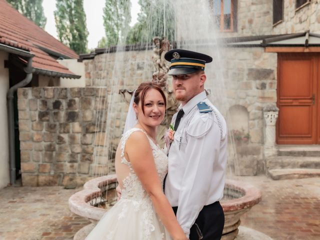 Le mariage de Julien et Aline à Ballancourt-sur-Essonne, Essonne 33