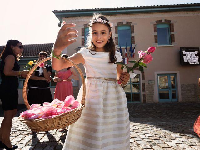 Le mariage de Cédric et Myriam à Montmerle-sur-Saône, Ain 7