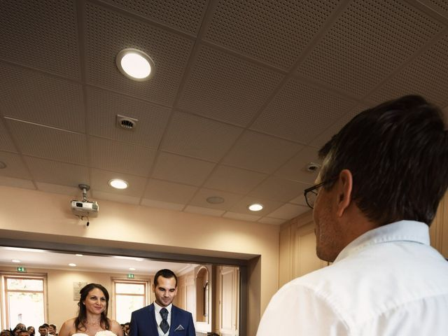 Le mariage de Cédric et Myriam à Montmerle-sur-Saône, Ain 19