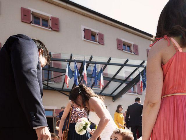 Le mariage de Cédric et Myriam à Montmerle-sur-Saône, Ain 33