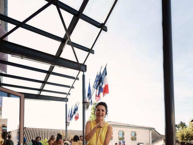 Le mariage de Cédric et Myriam à Montmerle-sur-Saône, Ain 34