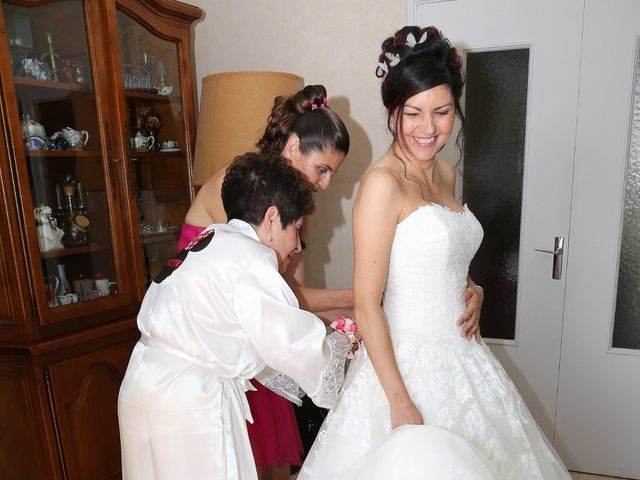 Le mariage de Nathalie et Alexandre à Ventabren, Bouches-du-Rhône 14