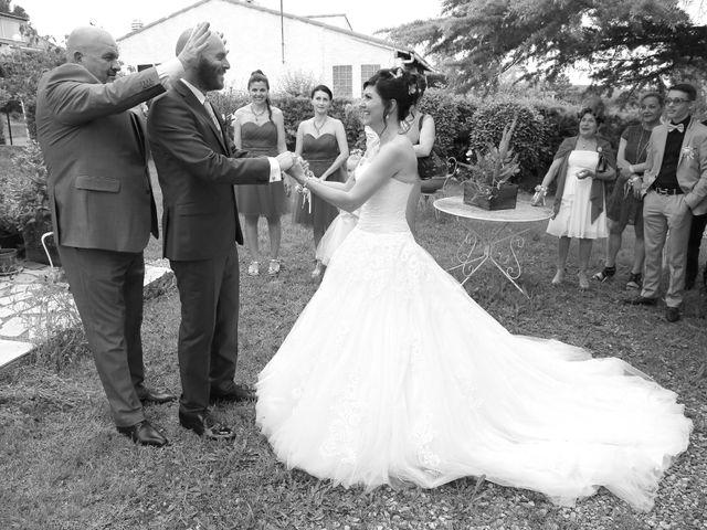 Le mariage de Nathalie et Alexandre à Ventabren, Bouches-du-Rhône 17