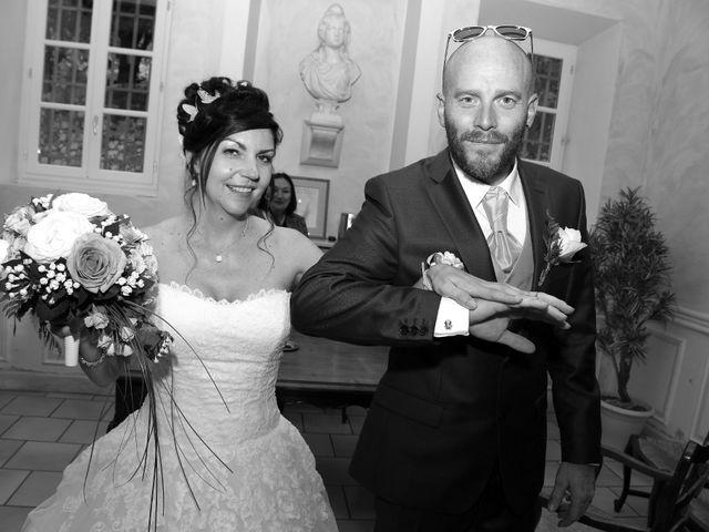 Le mariage de Nathalie et Alexandre à Ventabren, Bouches-du-Rhône 23