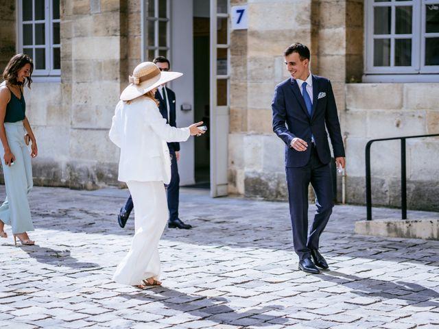 Le mariage de Arthur et Agathe à Bordeaux, Gironde 16