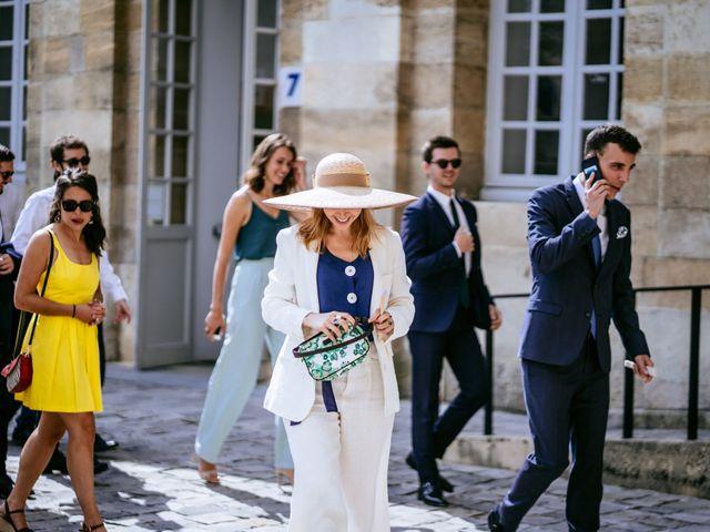 Le mariage de Arthur et Agathe à Bordeaux, Gironde 17