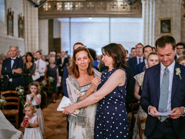 Le mariage de Arthur et Agathe à Bordeaux, Gironde 31