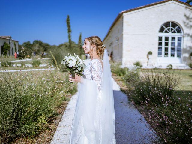 Le mariage de Arthur et Agathe à Bordeaux, Gironde 43