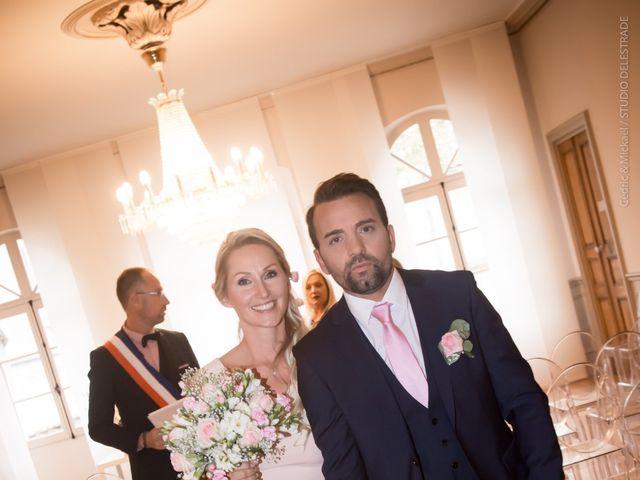 Le mariage de Rodolphe et Adriana à Villeneuve-les-Avignon, Gard 1