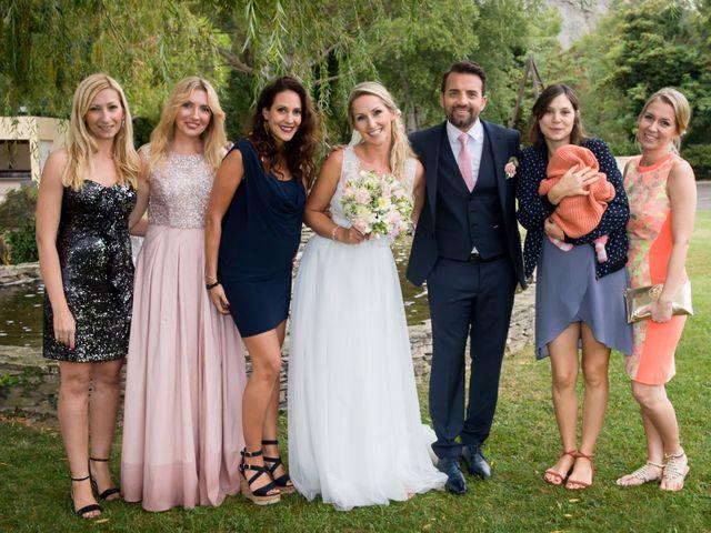 Le mariage de Rodolphe et Adriana à Villeneuve-les-Avignon, Gard 33